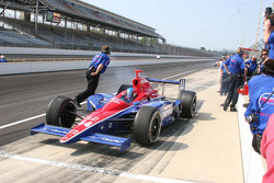 Jeff Bucknum pulls out to practice