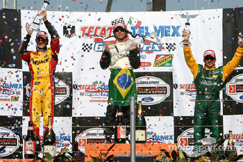 Podium: race winner Bruno Junqueira with Andrew Ranger and Alex Tagliani