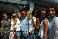 Niki Lauda in charming company