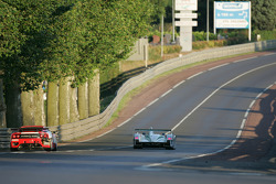 #3 Champion Racing Audi R8: JJ Lehto, Marco Werner, Tom Kristensen, #93 Scuderia Ecosse Ferrari 360 Modena: Nathan Kinch, Andrew Kirkaldy, Anthony Reid