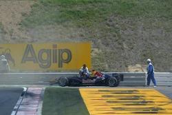 David Coulthard crashes
