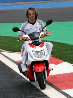 Jarno Trulli inspects the track