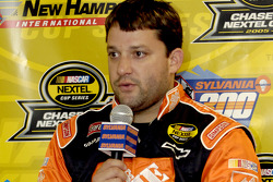 Press conference: pole winner Tony Stewart
