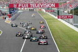 Start: Ralf Schumacher takes the lead