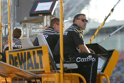 DeWalt Ford crew members enjoy the late afternoon sun