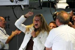 Eve Scheer cheers as boyfriend Frank Stippler sets fastest time