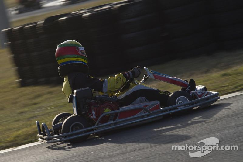 #15 Last Minute Racing: Alan Wong, Libby Harris, Neil Paddy, Eric Kulikowski