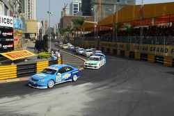 Alain Menu leads Andy Priaulx