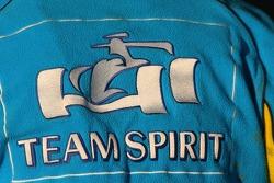 Shirt of a Renault F1 team member