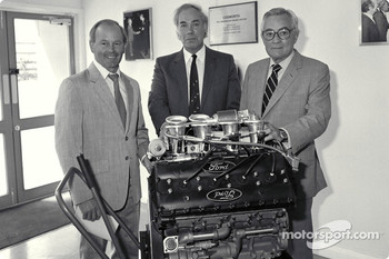 400th Ford Cosworth DFV F1 Engine: Mike Costin, Keith Duckworth, Walter Hayes.