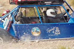 Vanguard Racing: rocks flying as Ronn Bailey flies by