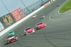 Three-abreast racing at Turn 2