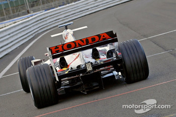 Takuma Sato on the first outing of the Super Aguri F1 car with its new aerodynamic parts