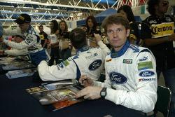 Autograph session: Marcus Gronholm