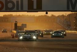 Restart: #2 Audi Sport North America Audi R10 TDI Power: Rinaldo Capello, Tom Kristensen, Allan McNish leads the field