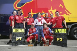 Christian Horner, Michael Ammermuller and Nicolas Lapierre and the Arden International Team