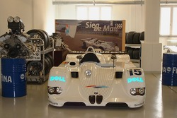 Winner: Le Mans 1999 BMW V12 LMR on display