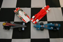 F1 in schools students vs F1 teams challenge: the Honda and Ferrari cars built by students