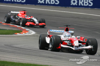 Jarno Trulli and Christijan Albers
