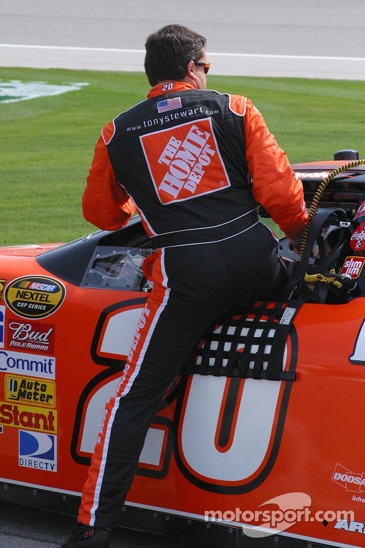 Tony Stewart climbs in the #20 Home Depot Chevrolet to qualify