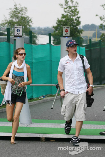 Scott Speed with his girlfriend