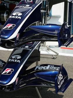 Williams has different style front wings available