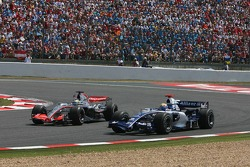 Pedro de la Rosa overtakes Mark Webber