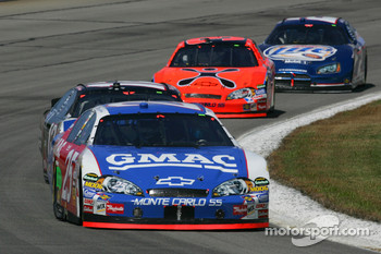 Brian Vicker leads a pack of cars