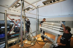 The removal experts at BMW: from brake-down in Hockenheim (Germany) to rebuild in Budapest (Hungary) within three days