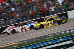 Ryan Blaney, Woods Brothers Racing Ford and Carl Edwards, Joe Gibbs Racing Toyota