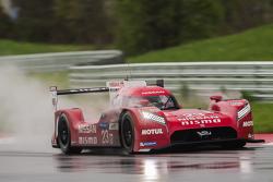 #23 Nissan Motorsports Nissan GT-R Nismo