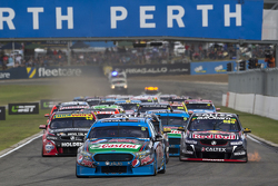 Start: Mark Winterbottom, Prodrive Racing Australia Ford leads
