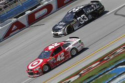 Kyle Larson, Ganassi Racing Chevrolet and Brian Scott, Richard Childress Racing Chevrolet
