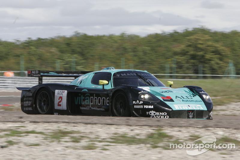 #2 Vitaphone Racing Team Maserati MC12: Jamie Davies, Thomas Biagi
