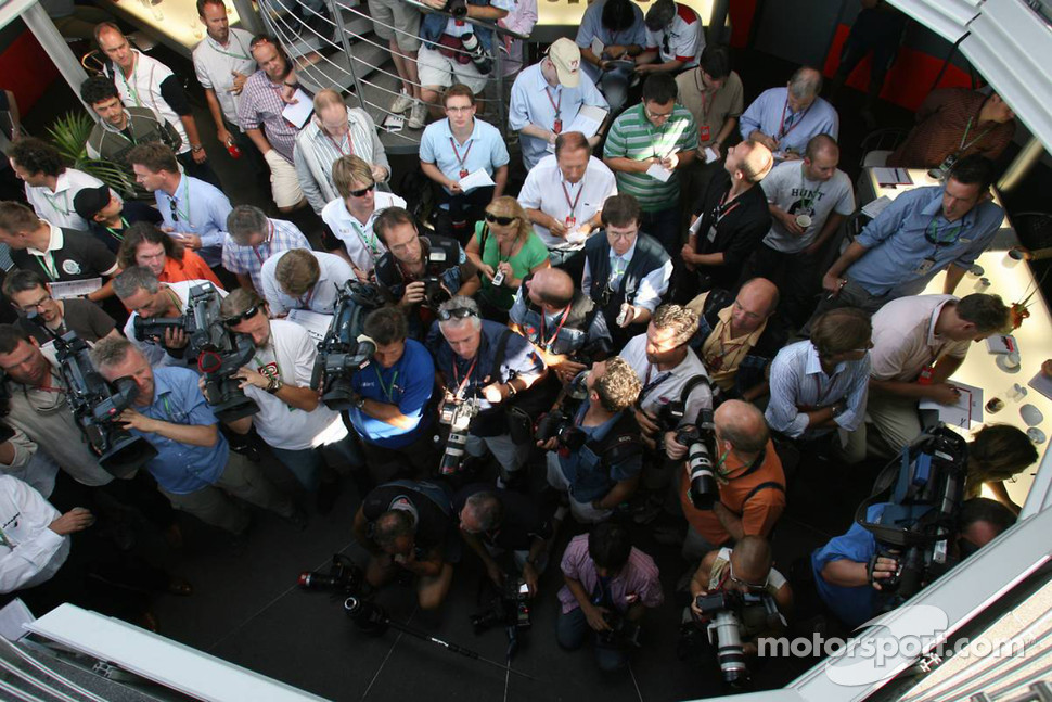 Spyker MF1 Racing press conference