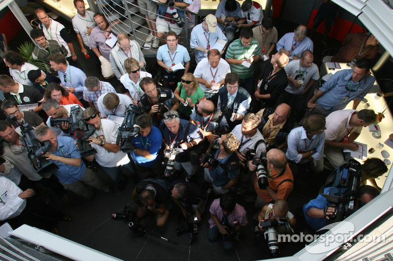 Spyker MF1 Racing press conference