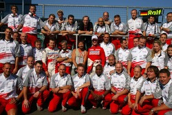 Toyota F1 Team portrait with Olivier Panis, Ralf Schumacher and Chris Rea