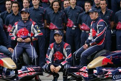 Scuderia Toro Rosso team photoshoot
