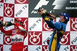 Podium: champagne for Fernando Alonso and Felipe Massa