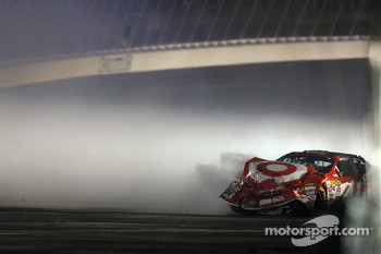 Reed Sorenson crashes
