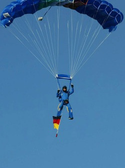 Italian Air Force deliver the German National flag