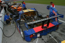 SunTrust Racing crew members at work