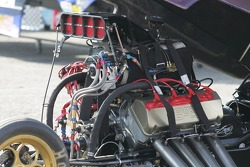 Alcohol Funny Car Engine