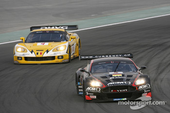 #5 Phoenix Racing Aston Martin DBR9: Jean-Denis Deletraz, Andrea Piccini, #4 GLPK-Carsport Corvette C6R: Bert Longin, Anthony Kumpen, Mike Hezemans