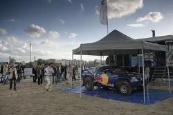 Volkswagen Motorsport test at Strandkai Beach Resort, Hamburg: Volkswagen Motorsport bivouac