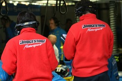 Bridgestone technicians working with Renault Team