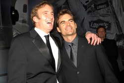Comedian Jay Mohr jokes with Jeff Gordon on stage following the 2006 NASCAR NEXTEL Cup Series Awards Ceremony