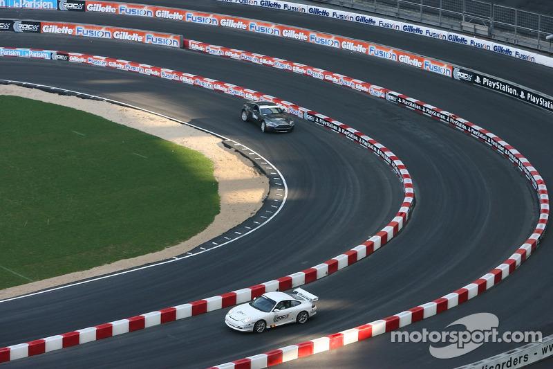 Porsche 911 GT3 and Aston Martin V8 Rally GT