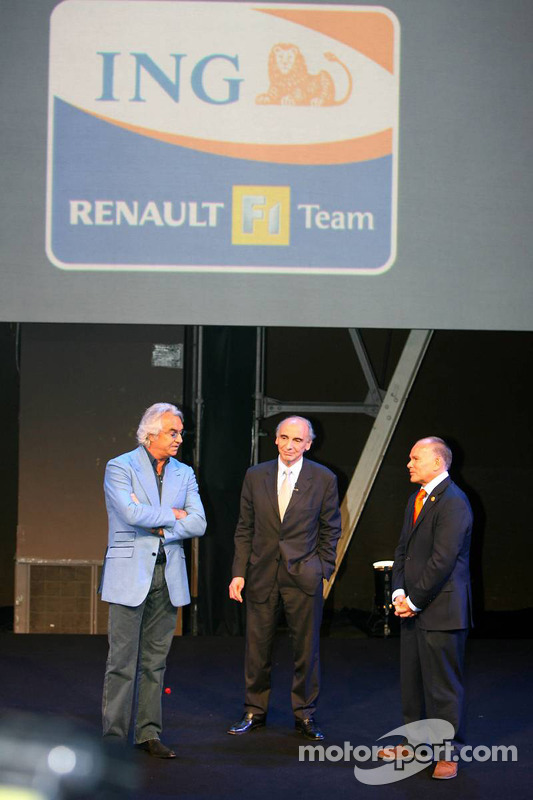 Flavio Briatore, Managing Director Renault F1 Team and Alain Dassas, President Renault F1 Team