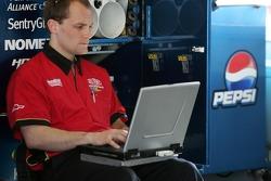 Dupont Chevy crew member at work